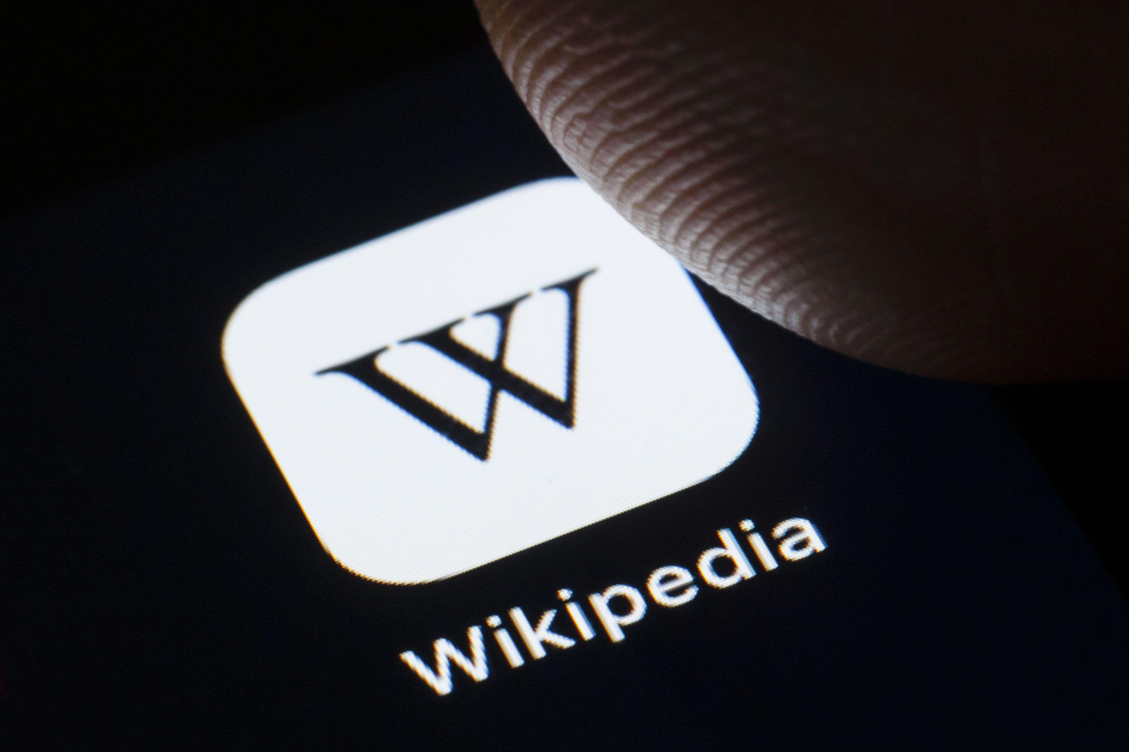 """Wikipedia – website điển hình cho bài viết """"thường xanh"""""""